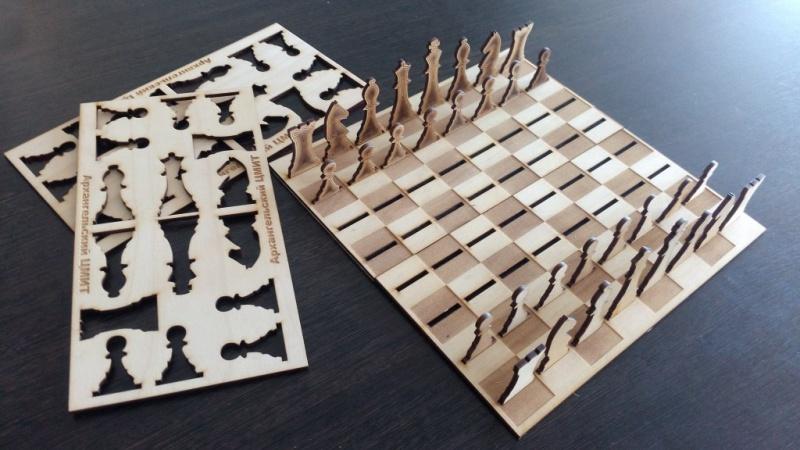 Дорожные шахматы на лазерном станке, можно создать своими руками в инновационном центре Архангельска